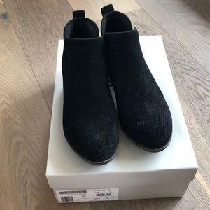 "BP ""Faren"" Suede Ankle Boots"